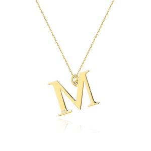 zawieszka litera M z brylantem i łańcuszkiem